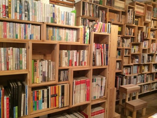居留守文庫の本棚