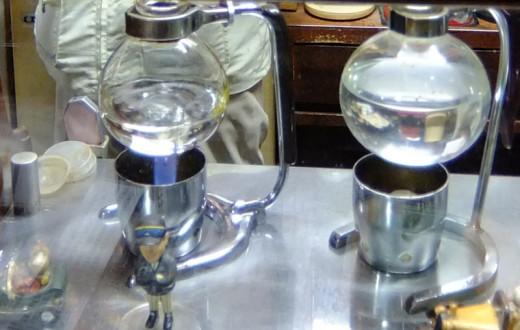 喫茶ムーンのサイフォン