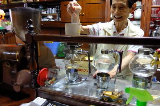 喫茶ムーンのマスター