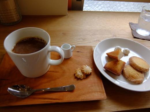 vow's cafe コーヒーとおやつセット