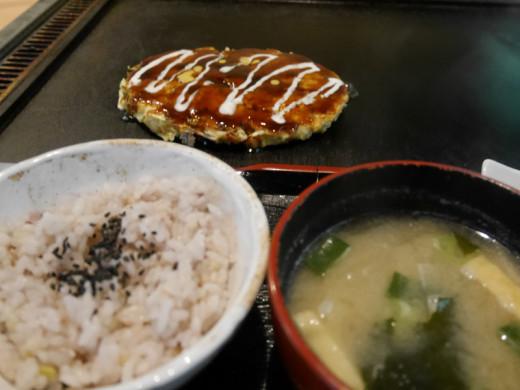多門(たもん)の定食玄米ご飯