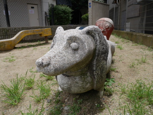 阿倍野の公園ダックスフンド